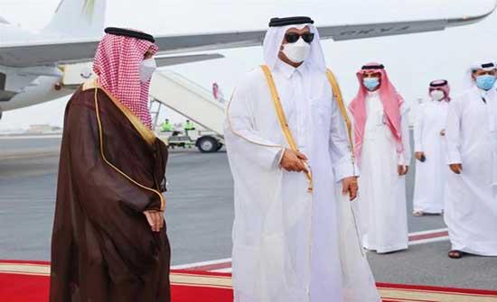 الدوحة.. وزيرا خارجية قطر والسعودية يبحثان مستجدات المنطقة