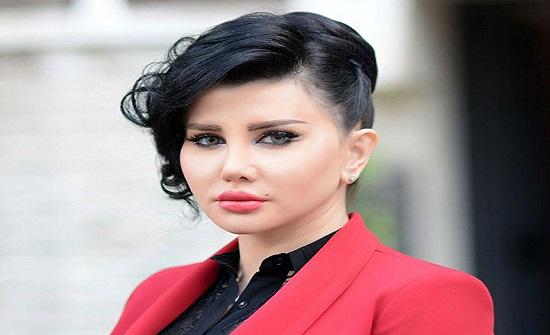 جيني إسبر تكشف حقيقة زواجها.. وتؤكد: هفت نفسي إلى الأحمر في 2019!