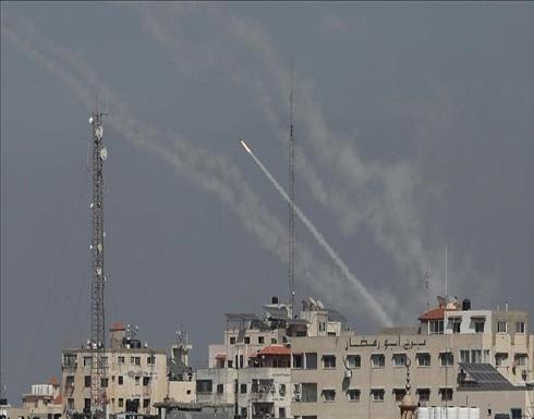وفاة مستوطنة إسرائيلية متأثرة بإصابتها جراء إطلاق صواريخ من غزة