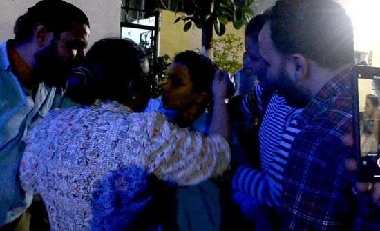 شاهدوا : المباحث المصرية تعيد طفل مخطوف لاهله