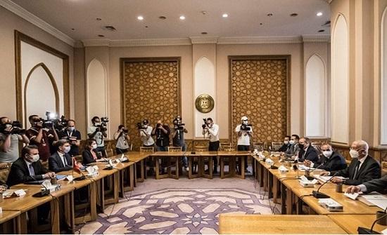 السلطات التركية تطالب إعلاميين مصريين بوقف برامجهم .. اسماء