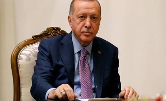 أردوغان يشكو مجلة فرنسية أساءت لشخصه.. (صورة)
