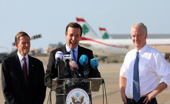 """سيناتور أمريكي: لبنان في حالة """"سقوط حر"""" ويجب ألا يتحول إلى """"قصة مرعبة"""""""