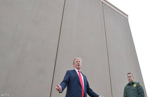 """""""البنتاغون"""" تلغي خطط بناء الجدار الحدودي مع المكسيك"""