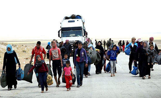 استعدادات لإجلاء دفعة كبيرة من النازحين السوريين عن مخيم الركبان