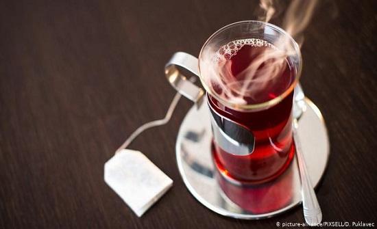 دراسة : في الطقس الحار عليك بالمشروبات الساخنة !