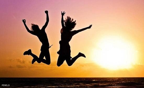 10 ممارسات صغيرة تجعل سعادتك كبيرة منها تحريك العضلات