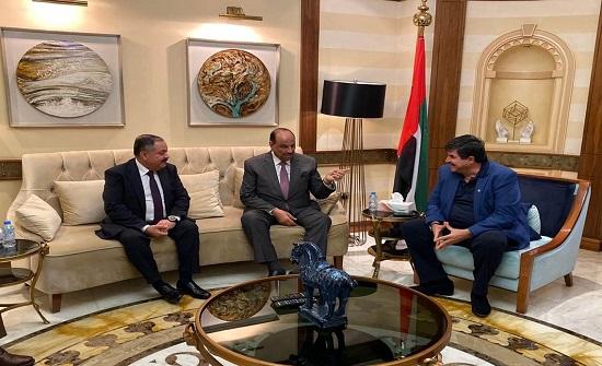 وزير الداخلية يؤكد أهمية ادامة التواصل مع الأردنيين بالخارج