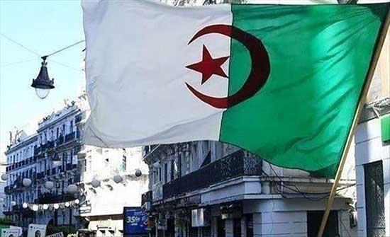 أكبر حزب إسلامي بالجزائر يفتح الباب لدخول الحكومة القادمة