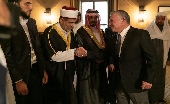 بالصور : الملك يلتقي مجموعة من الأئمة والوعاظ