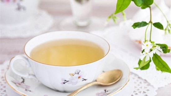 كوب شاي يومياً يحميكم من الألزهايمر في المستقبل!