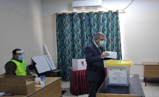 وزير الإدارة المحلية يؤكد أهمية المشاركة لانتخاب برلمان قوي
