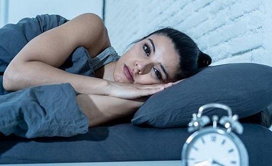 الأرق والإرهاق يزيدان من خطر الإصابة بكورونا