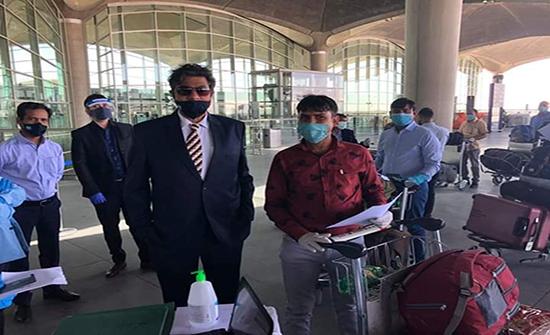 مغادرة 211 هندياً إلى بلادهم في رحلة خاصة