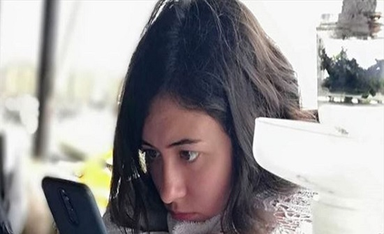 هذه الجميلة ابنة ممثل عربي شهير (صورة)