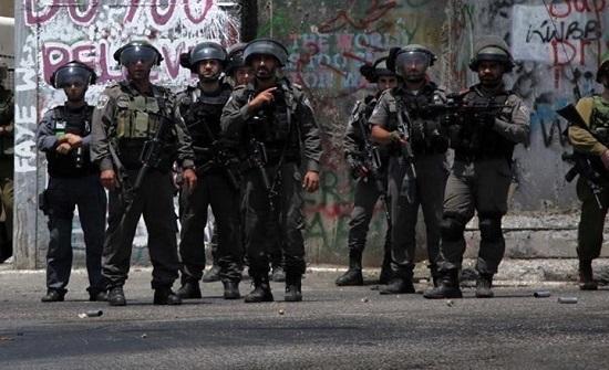 شهيد متأثرا بجراحه واعتقالات بالضفة.. وتوغل محدود جنوب غزة