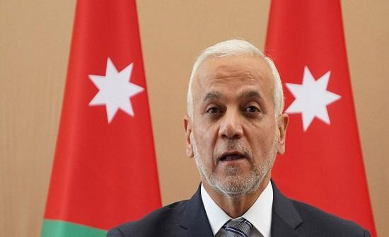 وزير التنمية يتفقد دار رعاية الأطفال عمان