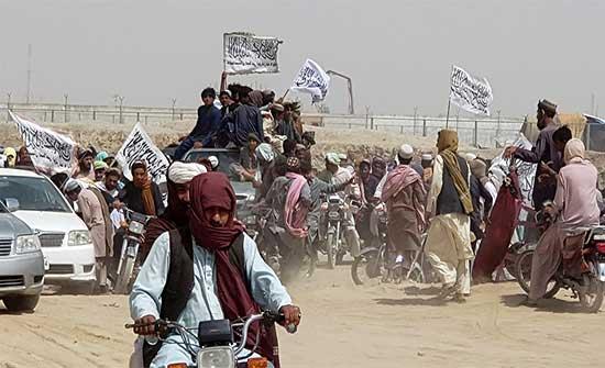 القوات الأفغانية تسعى لاستعادة أهم معابر البلاد من طالبان وتحذير من مخاطر تهدد دول الجوار