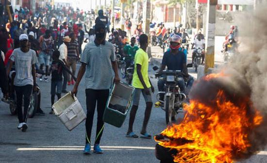 """هايتي.. المعارضة تسمي """"رئيسا مؤقتا"""" وسط خلاف حول ولاية الرئيس الحالي"""