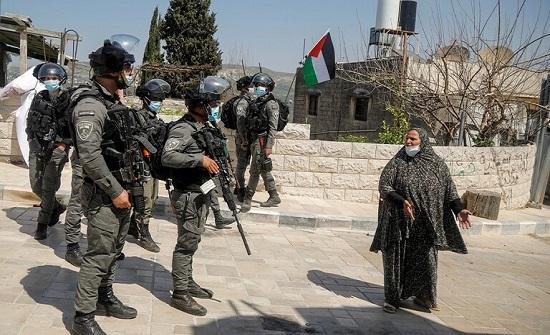 """""""تجاوزوا الحد"""".. """"رايتس ووتش"""" تتهم إسرائيل بارتكاب جريمتين ضد الإنسانية بحق الفلسطينيين"""