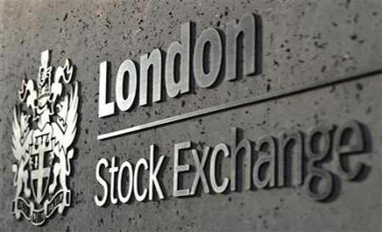 بريطانيا: انخفاض التداولات بسوق لندن للعملات بنسبة 16 بالمئة