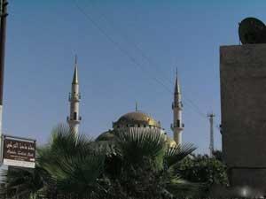 مادبا تزهو بمسجد الحسين بن طلال في وسطها السياحي