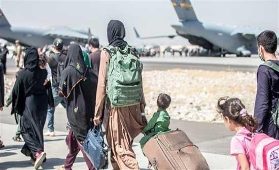 السفارة الأميركية في أفغانستان تطالب رعاياها بمغادرة محيط مطار كابول
