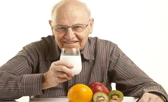 لكبار السن.. نصائح هامة لصيام آمن