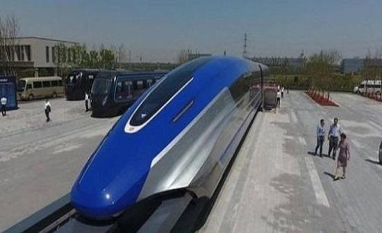 الصين: أسرع قطار في العالم يغادر خط الانتاج