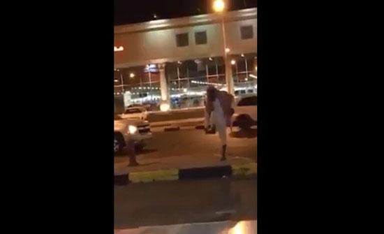 بالفيديو : معلومات جديدة عن المتهجم على النساء في السعودية