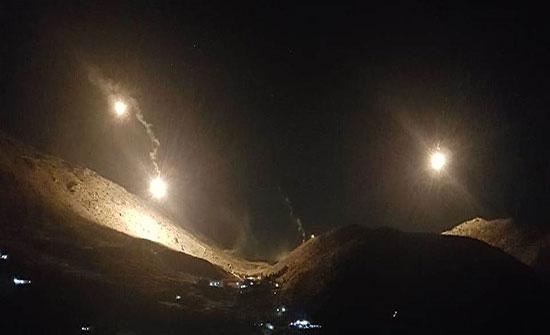 بالفيديو : إسرائيل تطلق قنابل مضيئة في أجواء خراج شبعا في لبنان