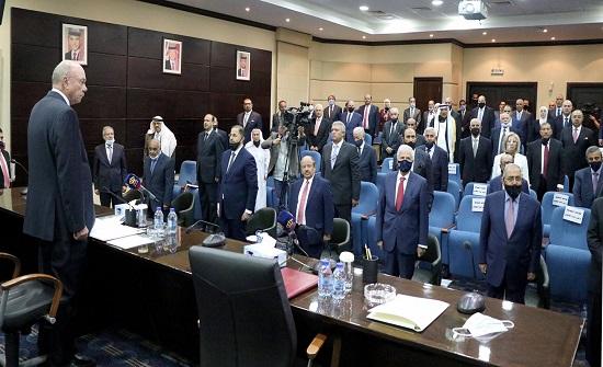 رئيس وأعضاء مجلس الأعيان يؤدون اليمين الدستورية