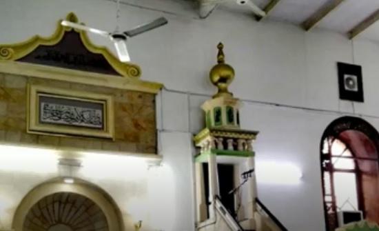 """فيديو : """" البلقاء التطبيقية """" تطلق فيلما وثائقيا لمراحل إعادة تأهيل المسجد الحسيني"""