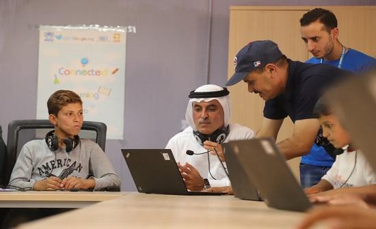 مدير عام بنك المشرق يزور مخيم الأزرق للاجئين السوريين