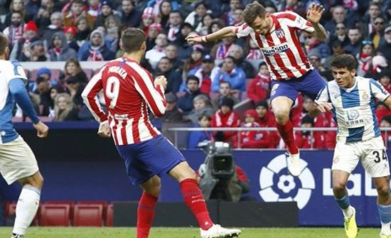 شاهد : أتلتيكو مدريد يعود لسكة الانتصارات أمام إسبانيول