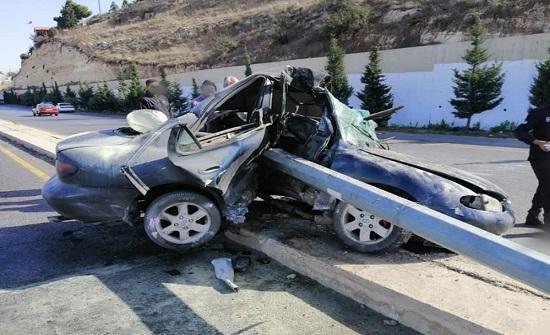 وفاة شخص وإصابة آخر اثر حادث تصادم في البلقاء .. صور