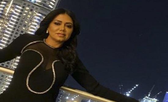 رانيا يوسف تنصح بناتها بممارسة العلاقة  بدون زواج