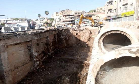 استمرار اعمال امانة عمان في شارع عبدالله غوشة ووسط البلد