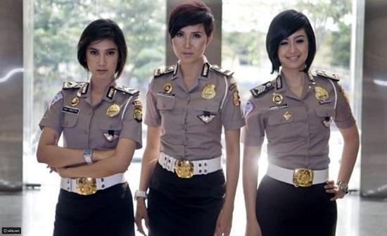 لباس الشرطة من بعض الدول ..صور