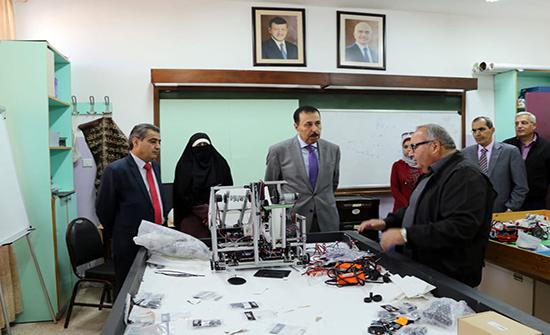النعيمي يؤكد حرص وزارة التربية والتعليم استثمار طاقات وإبداعات الطلبة