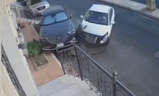 فيديو : تهور سائق واصطدام وهروب في السعودية