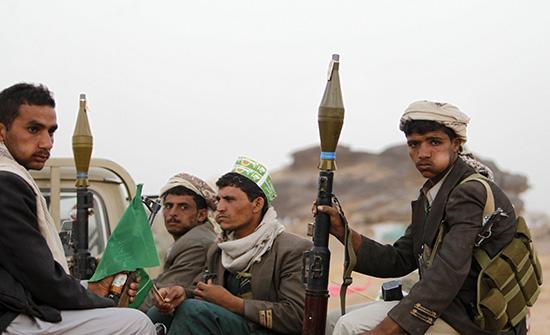 نائب رئيس البرلمان اليمنى يحذر من سقوط مأرب فى يد الحوثيين