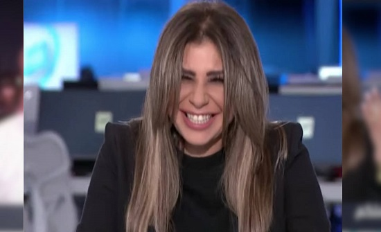 """شاهد.. سارة الدندراوي تنهار من الضحك بسبب احمد سعد: """"مسجل علاقات"""""""