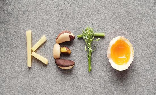هل تخفف حمية الكيتو من آلام الصداع؟