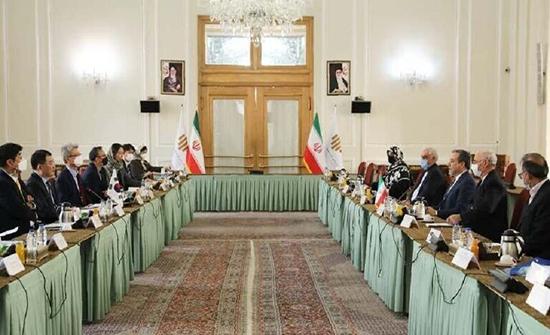طهران تدعو سيئول لعدم تسييس احتجاز الحرس الثوري ناقلة كورية جنوبية في الخليج