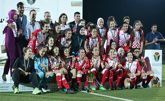 فريق شباب الأردن يتوج بلقب دوري المحترفات