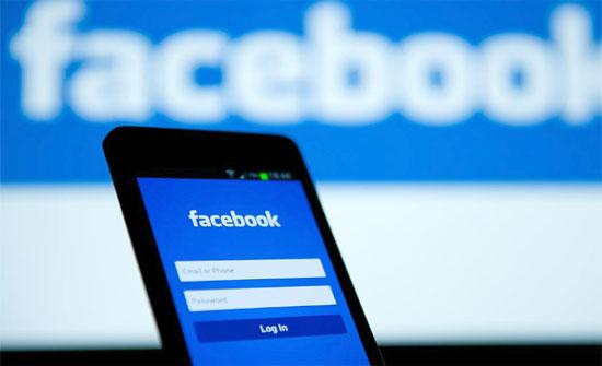91 % من الأردنيين يستخدمون الفيسبوك عبر الهواتف الذكية