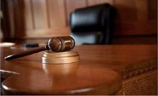 قاضي سعودي يروي أغرب قضية بين شقيقين سعوديين انتهت من أول جلسة