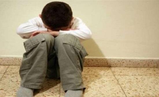 مسن يعتدي على طفل متوحد في مصر