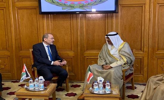 الصفدي والصباح يؤكدان متانة العلاقات الاردنية الكويتية